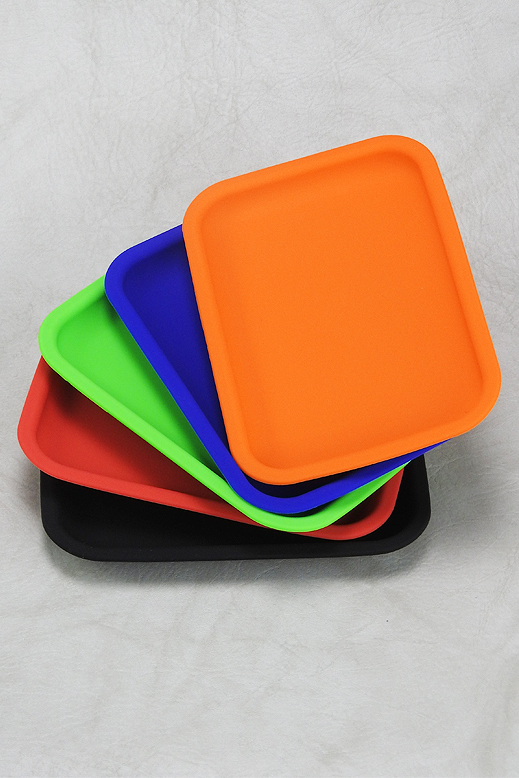 Silicone Rolling Tray - assorted colors - 14.5 x 20cm